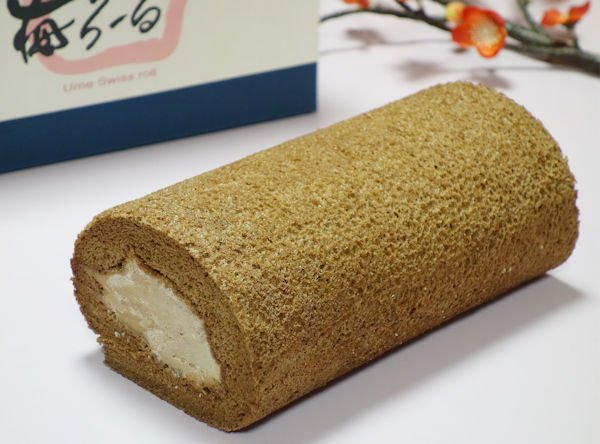画像1: 梅チョコロールケーキ (1)
